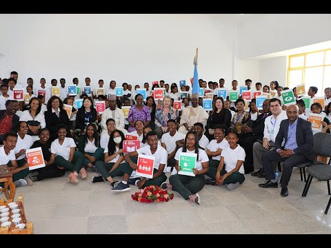 UN General Assembly President engages in dialogues with young people
